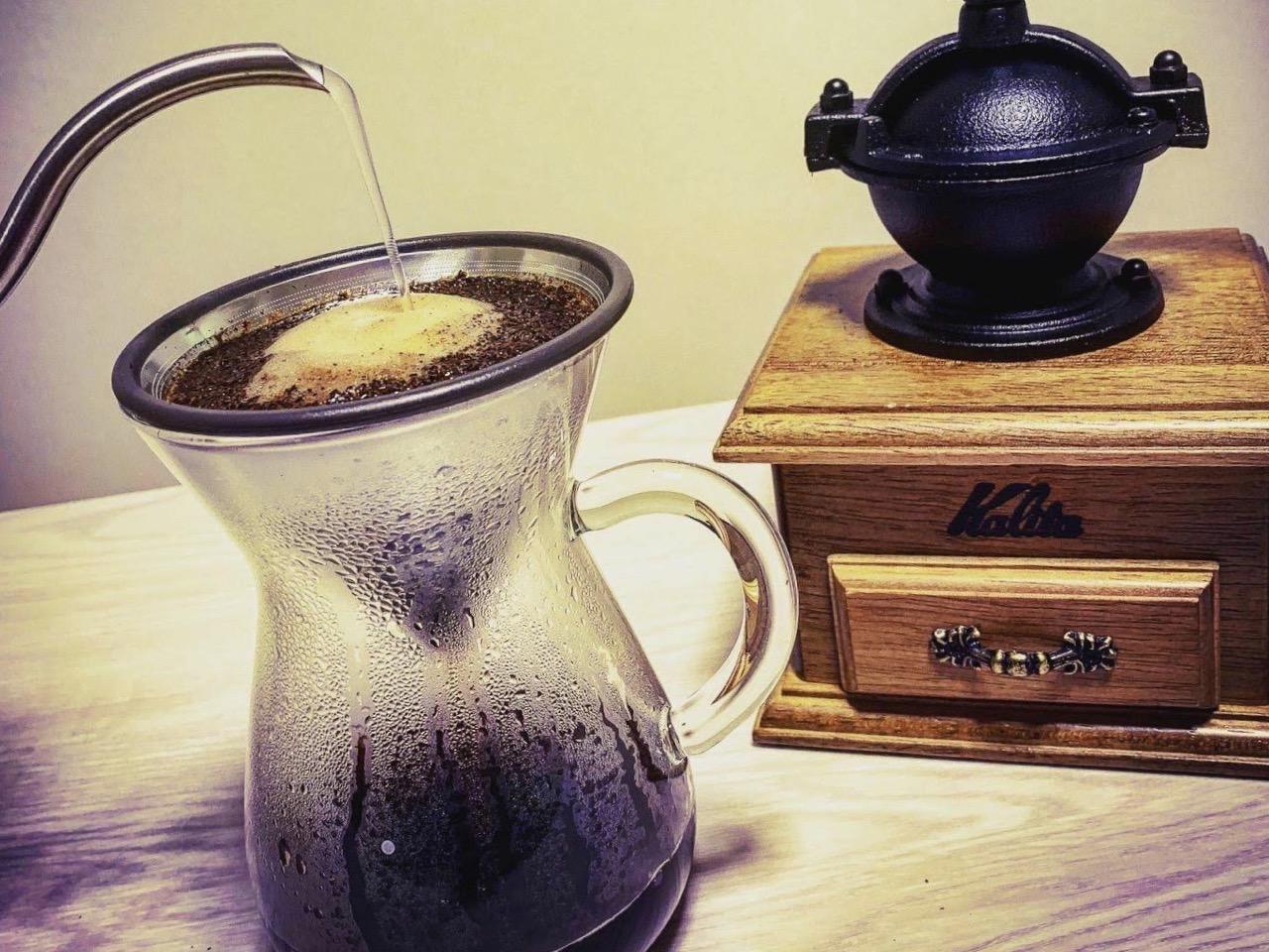 自分で挽くコーヒーの香りと雰囲気演出に◎
