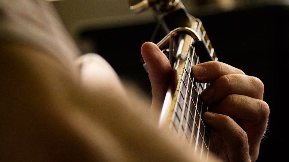 まとめ:アプリ「ハヤえもん」はギターの耳コピやプレーズ練習に大活躍!