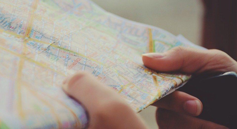 慣れるまでは地図を必ず使用する