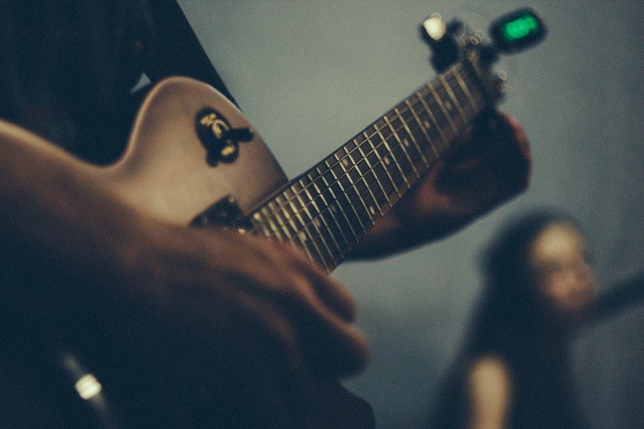 ギターのチューニング方法について