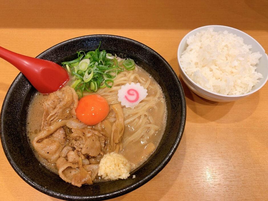 【評価】肉玉そば おとど 北松戸本店は超絶ご飯が進みます!メニューや雰囲気を紹介!