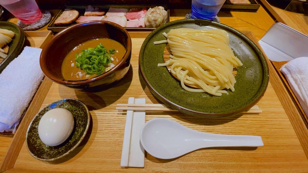 中華蕎麦とみ田のつけ麺を食べてみた