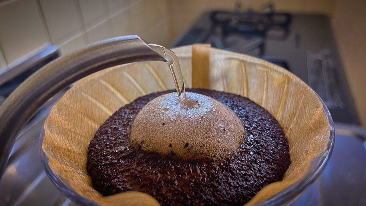 サイフォンコーヒーとドリップコーヒーの違いは何?